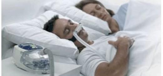 apnea-ostruttiva-del-sonno-maschea-CPAP